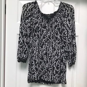 Style & Co blouse size L pleated neck top
